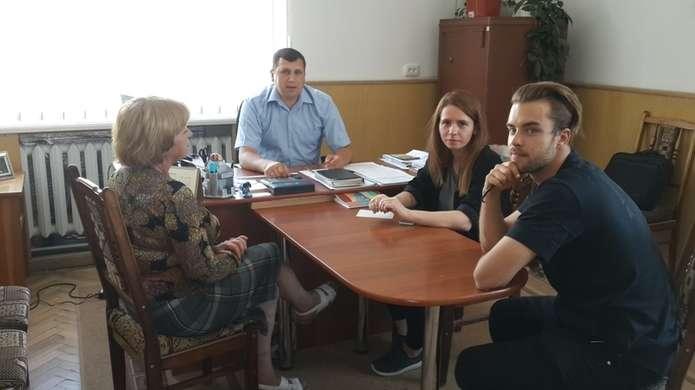 Студентка з Варшави на Путильщині знімає фільм e07fb1c2834d2
