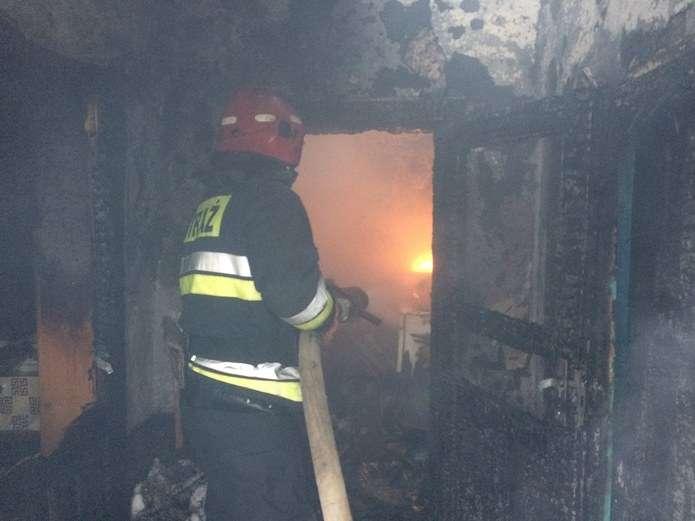 Цієї ночі в Івано-Франківській області вогонь мало не забрав життя місцевого пенсіонера