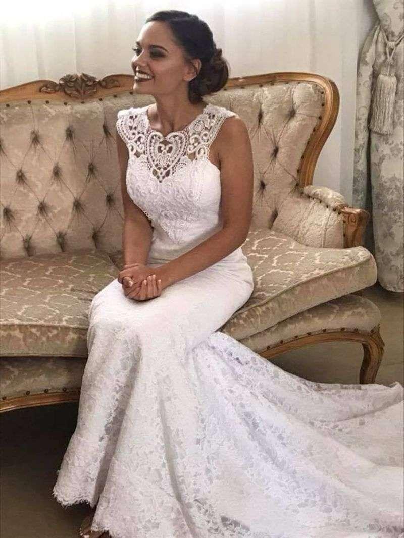 У весільних сукнях із Волоки виходять заміж у Африці 8b5e7010aae3a