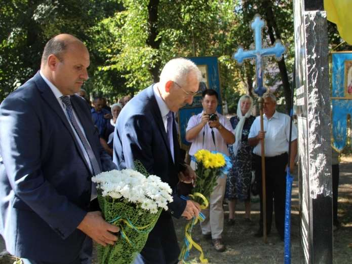 В Кицмань открыли памятник участникам ликвидации аварии на Чернобыльской АЭС