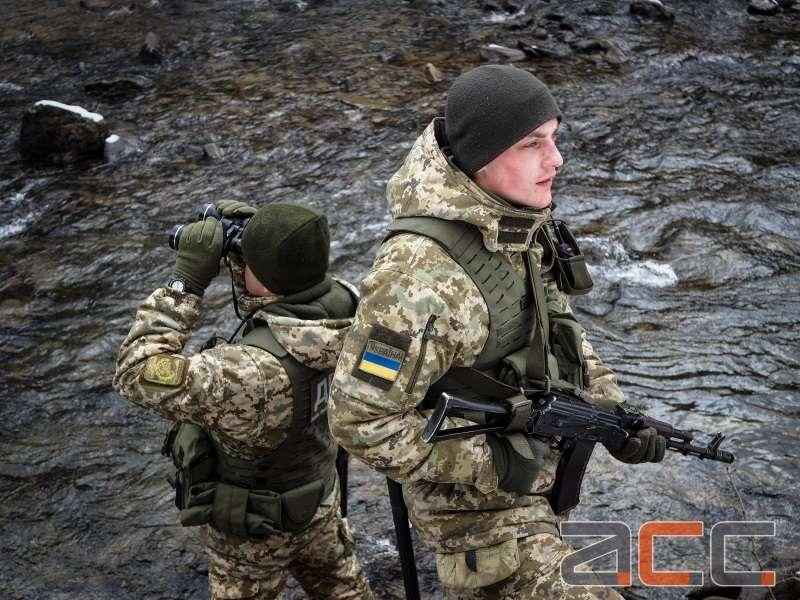 Служба на високогір'ї: як прикордонники оберігають кордон на схилах Карпат (ФОТОРЕПОРТАЖ)