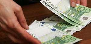 3adddb41c92c16 Півсотні ящиків сигарет до Румунії за 700 євро хабара. На Буковині засудили  контрабандиста