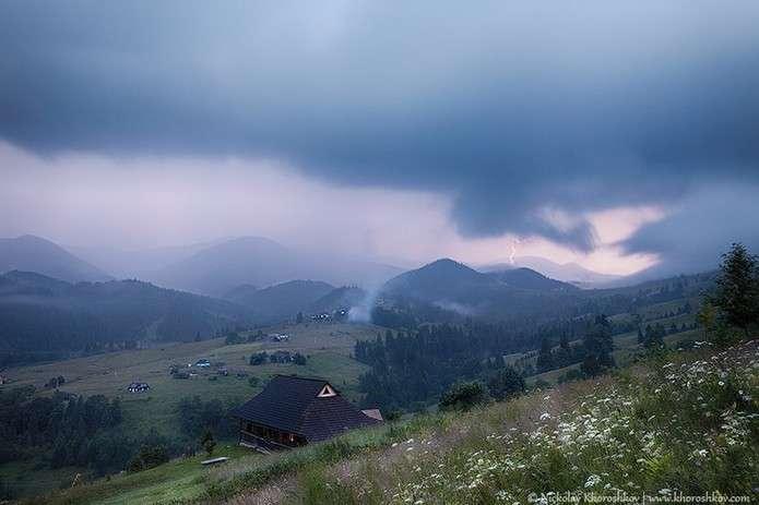 На Прикарпатті вкотре попереджають про різке погіршення погоди на 30 серпня