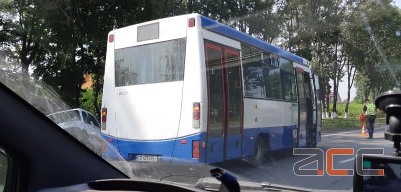 ДТП з маршруткою. Аварія сталася у Шипинцях (ФОТО)