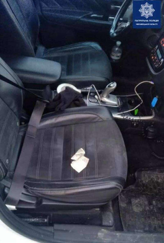 У Мамаївцях нетверезий водій пропонував хабар патрульним