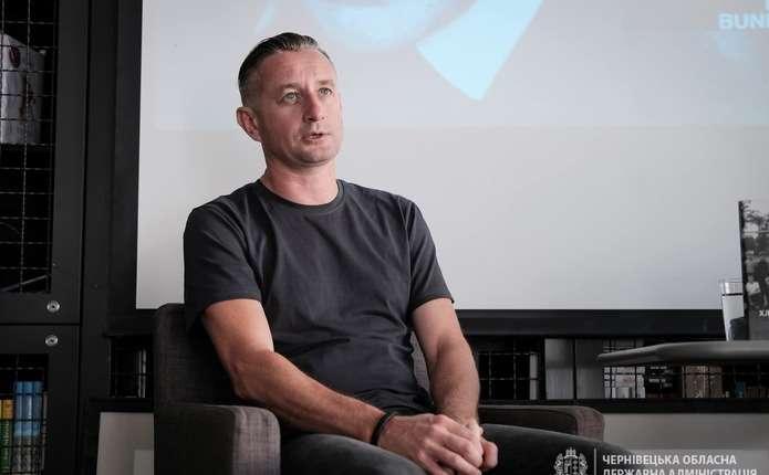 Український письменник Сергій Жадан на тиждень приїхав у Чернівці (ФОТО)