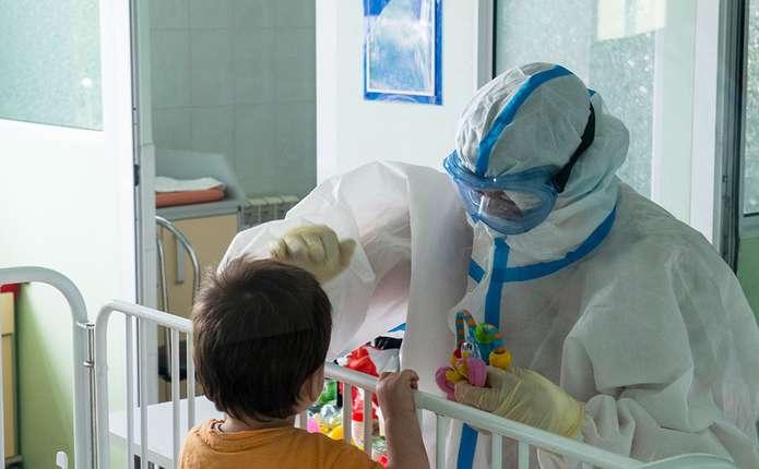 Думали - отруєння, а виявилося - COVID-19: лікар з Чернівців розповів, як змінилися симптоми хвороби
