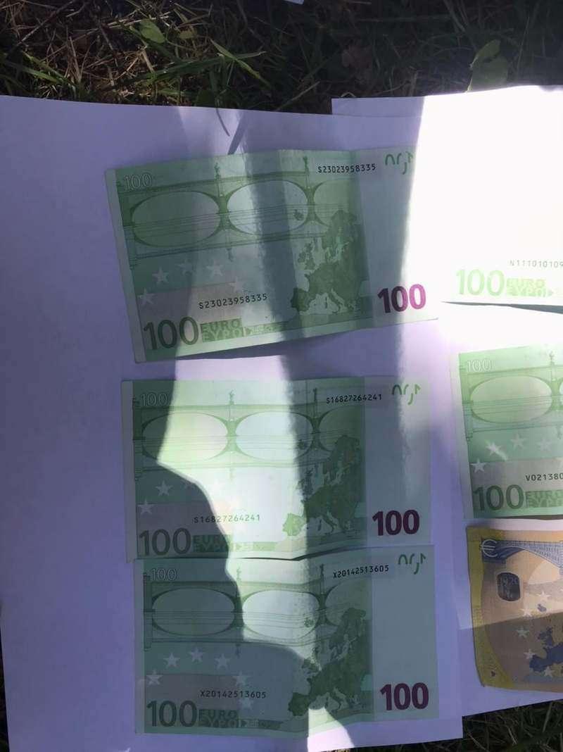 За вплив на суддю - 700 євро: на Буковині затримали адвоката
