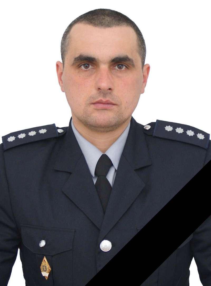 На Буковині під час аварії загинув поліцейський з Вижниччини