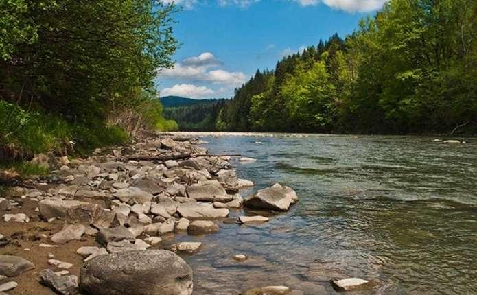 Буковинців попереджають про підйоми рівнів води у річках
