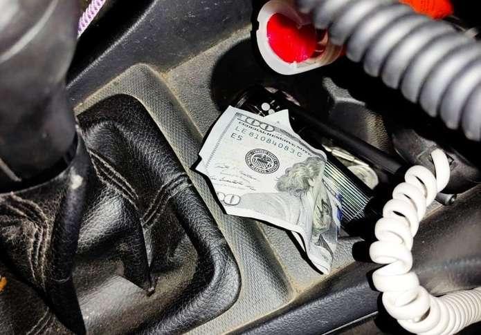 Пропонував 100 доларів: на Буковині п'яний водій хотів підкупити поліцейських